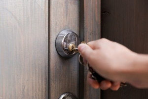 key wont turn in lock. key wont fit in lock.